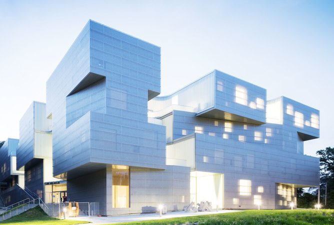 Iowa Made The List at #3 – 25 Masterpieces That Prove 2016 Was An Incredible Year For Architecture