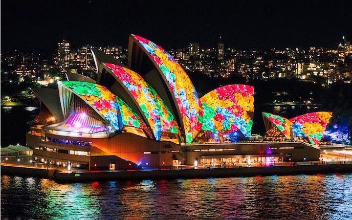 """Vivid Sydney"" Cloaks the Australian City in Spectacular Display of Vibrant Lights"